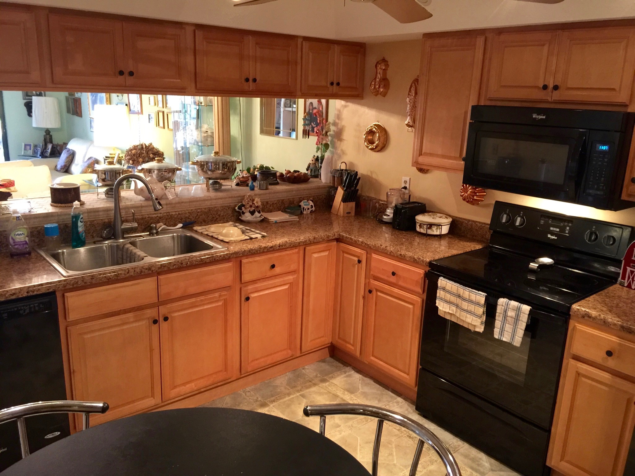Recently remodeled kitchen w/all black appliances